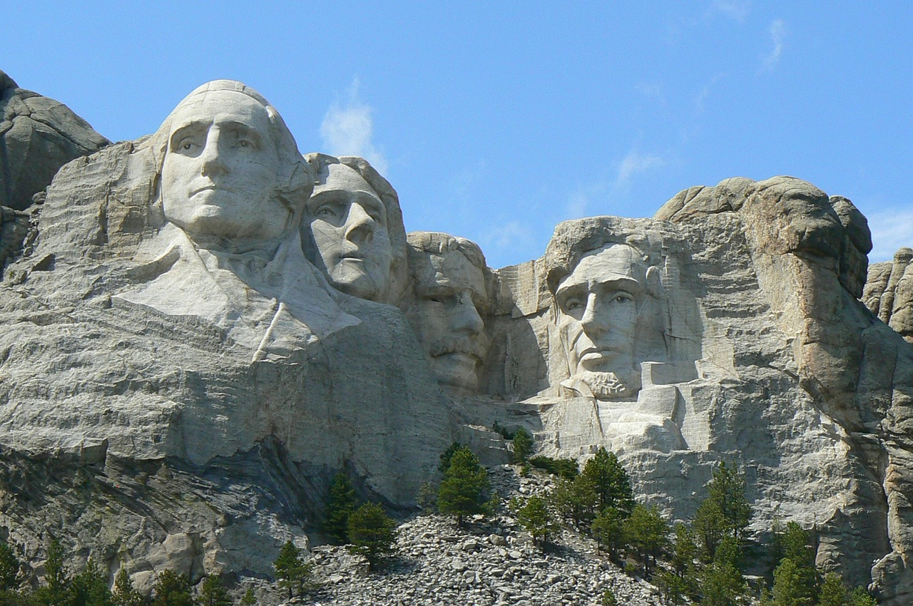 South Dakota governor sues to use fireworks at Mount Rushmore